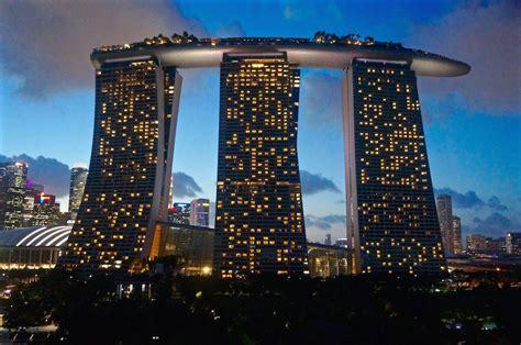 Visiting the Infinity Pool at Marina Bay Sands Hotel ...