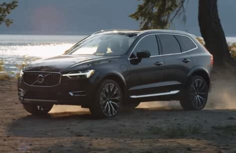 volvo  xc suv range woman singing opera commercial