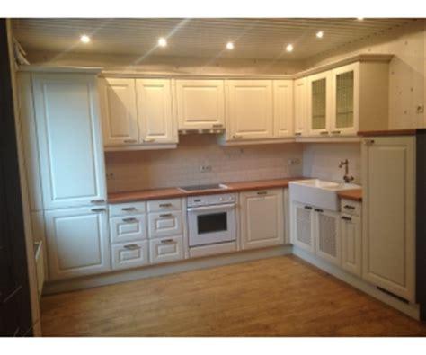 cuisine d occasion a vendre cuisine d 39 angle équipée style cottage à vendre