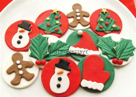 Cupcake Stand For 100 Cupcakes by Edible Christmas Cupcake Toppers Classic Holiday By