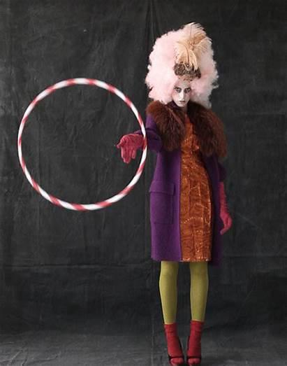 Freak Circus Freakshow Gifs Renta Oscar Coat