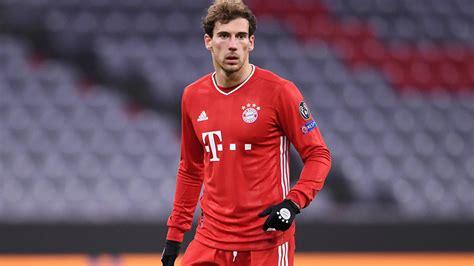 V., commonly known as fc bayern münchen, fcb, bayern munich, or fc bayern, is a german professional sports cl. FC Bayern München: Leon Goretzka fällt gegen den VfL ...
