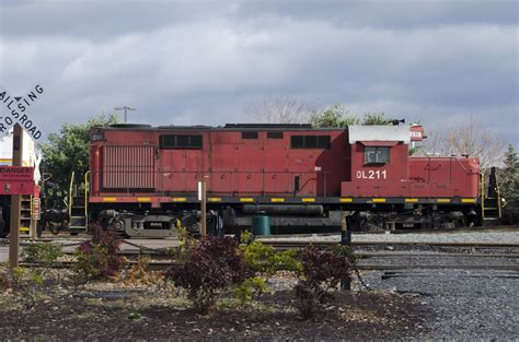 Delaware-Lackawanna DL #211 ALCO RS-32 diesel locomotive ...