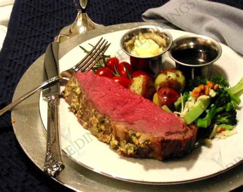 This is the perfect holiday main course! Prime Rib Dinner 7 Course Dinner Party Menu Ideas - Fine ...