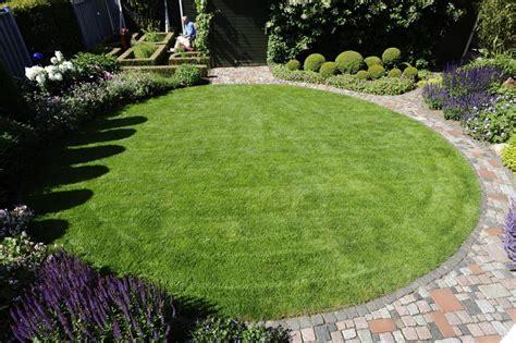 Kleine Gärten Beispiele by Kleine Garten Gartengestaltung Bilder Kleiner Garten New