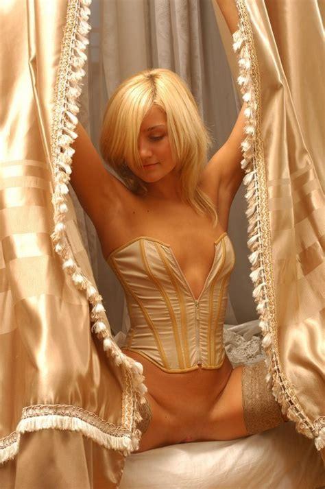 evanna lynch nude