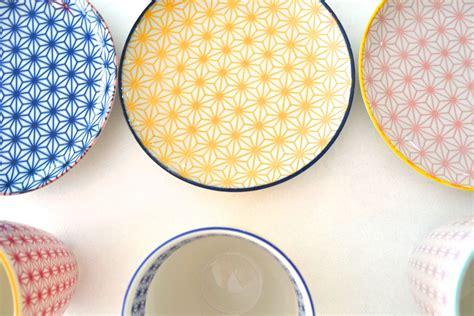 cuisine scandinave design assiette creuse vaisselle et couverts de la table