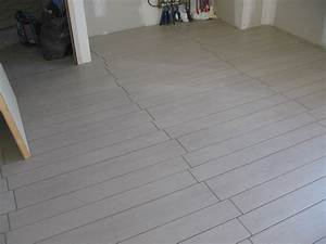 carrelage imitation parquet la construction de fortitou With pose de parquet sur carrelage
