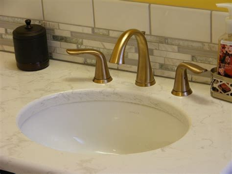 Pfister Pasadena 8 Inch Widespread Bathroom Faucet In