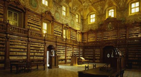 libreria fermo copernico e galileo tornano ai girolamini di napoli