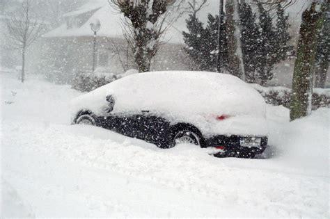 Zu viel Schnee für mein Auto Foto & Bild jahreszeiten