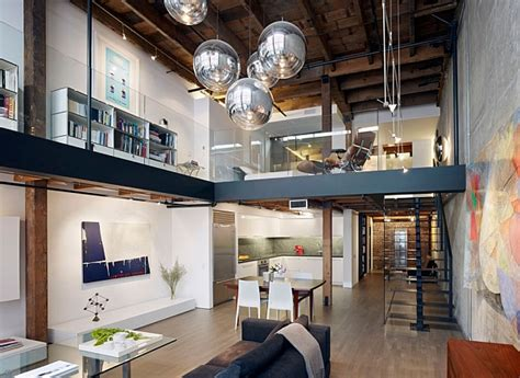 The Home Interior Warehouse : Beautiful And Airy Glass House With Expansive Mezzanine