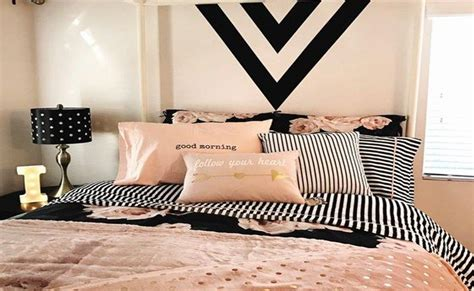 Zodiac Bedroom Decor by Ways To Decorate Your Room Based On Your Zodiac Sign
