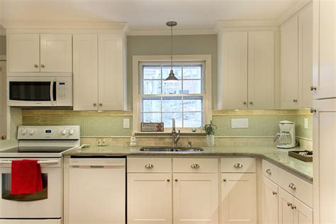 before and after a kitchen remodel on a tight budget