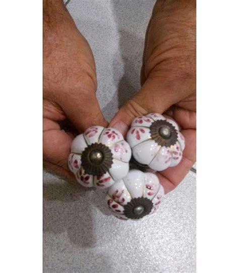 pomelli on line maniglie indiane dipinte a mano in ceramica imperia