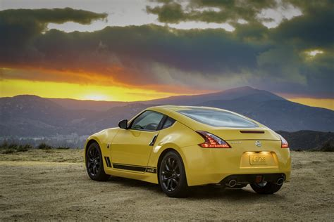 Nissan Car : New Nissan Z Car Isn't Coming Soon, 370z Lives On