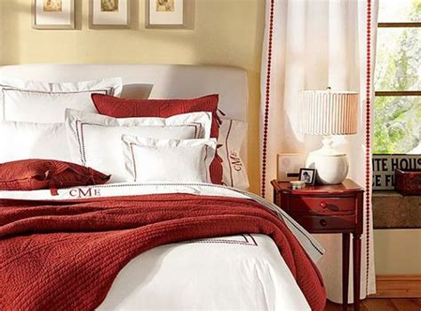 Red And White Bedding Decor