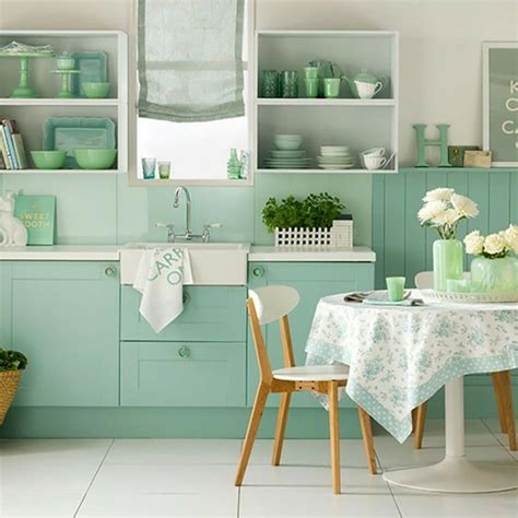 green and white kitchen les 233 tag 232 res ouvertes ou le petit plus d 233 co 3962