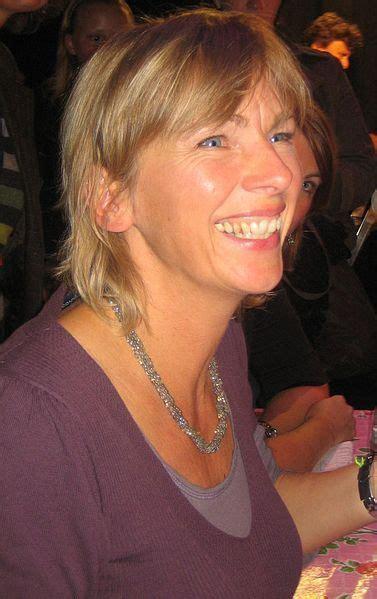francine oomen author  hoe overleef ik mezelf