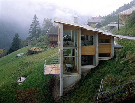 Incline House by Austrian Exposed House On A Hill Shelby White The