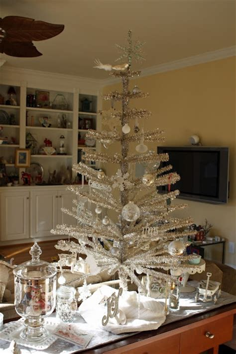 exciting silver  white christmas tree decorations