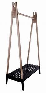 Design Kleiderständer Holz : garderobenstnder holz schwarz garderobe schwarz in zwei ~ Michelbontemps.com Haus und Dekorationen