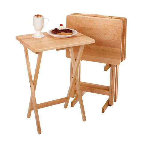 amazon com winsome wood 5 piece tv table set natural