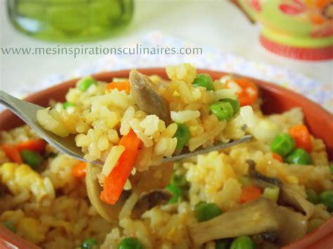 cuisiner le riz riz façon asiatique facile recette vegetarienne le