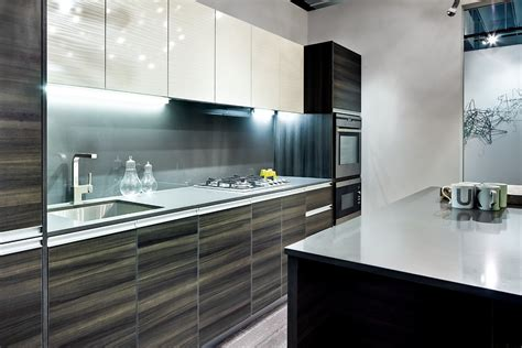 glossy white kitchen cabinets paint kitchen cabinets high gloss white quicua com