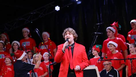 santas songs and serenity as festive tradition impresses
