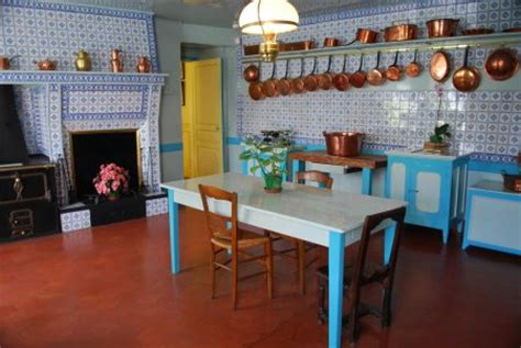 monet kitchen tiles claude monet s house in giverny 4269