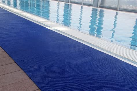 » Wet Zone Pool Mats