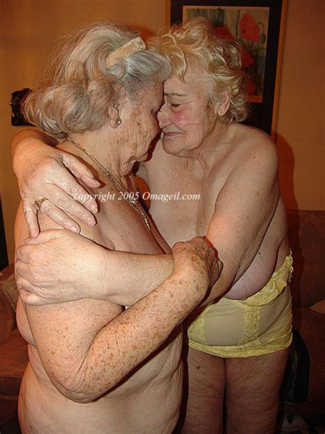 really old naked grandmothers bobs and vagene