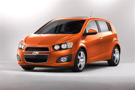 2013 Chevrolet Sonic (chevy) Review, Ratings, Specs