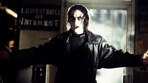 The Crow remake is still happening, and may star Jason ...
