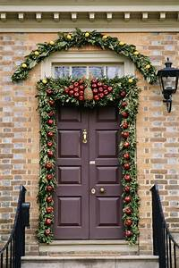 10, Impressive, Christmas, Door, Decorations, For, The, Upcoming, Season