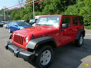 2014 Flame Red Jeep Wrangler Unlimited Sport 4x4  85184674