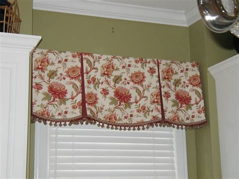 Box Valance For Sale by Valance Patterns Largest Selection Of Simplicity Valance
