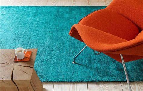 tapis salon bleu turquoise idees de decoration interieure french decor