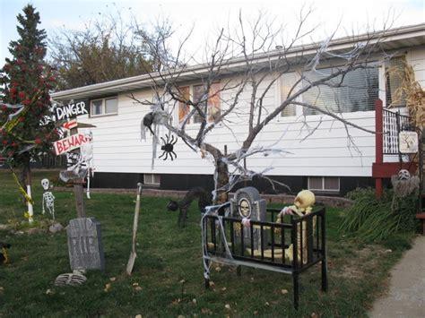 24 indoor outdoor tree halloween decorations ideas