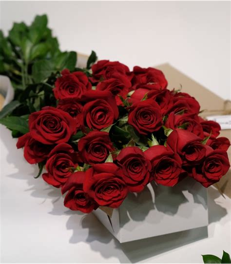 Red roses & Bouquet valentine's day 6 to 30