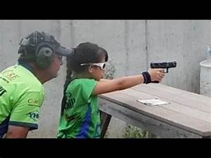 This 10-year-old knows how to use a gun - YouTube
