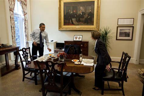 sous bureau original file barack obama and nancy pelosi in the white house