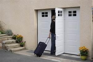 Porte De Garage Motorisée Avec Portillon : portes de garage sectionnelles innov 39 ouvertures ~ Dode.kayakingforconservation.com Idées de Décoration