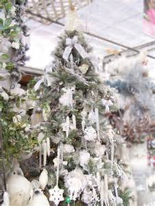 selling home interior white and silver christmas decor tropical christmas decorating ideas