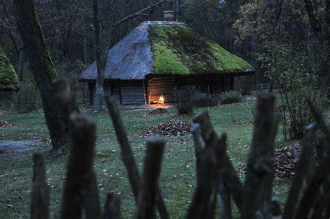 Latviskās Dzīvesziņas centrs ZALTIS: Veļu laiks