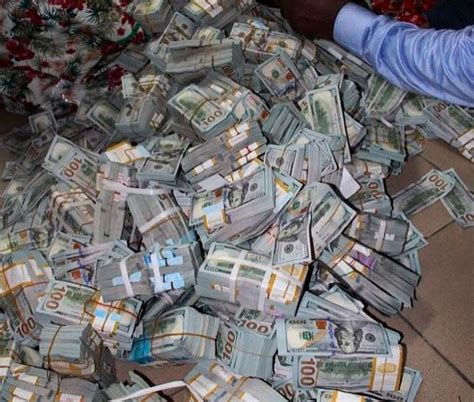 breaking millions  fake currency recovered  police  uhurus home