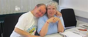 Schreibtisch Zwei Personen : zwei personen am schreibtisch murgtal werkst tten ~ Markanthonyermac.com Haus und Dekorationen