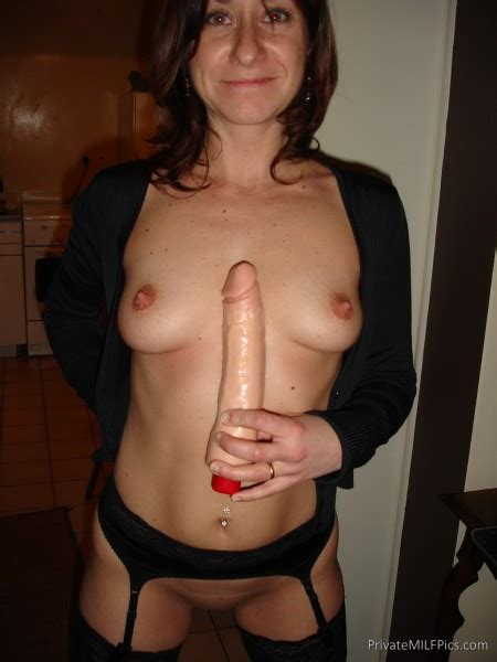 Horny Mom And Her Favorite Vibrator | Private MILF Pics