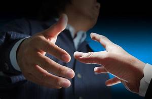 Marketing Resumes Handshake Tips For Job Interviews Glide Outplacement